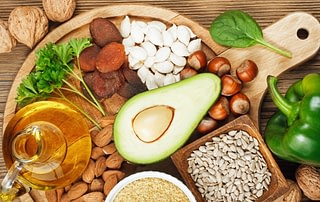 vitamin e in diet for age related macular degeneration